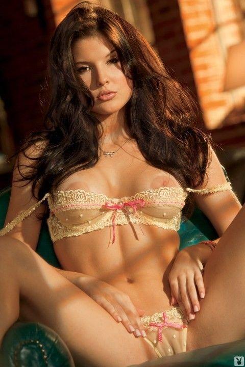 Аманда Черни в журнале Playboy