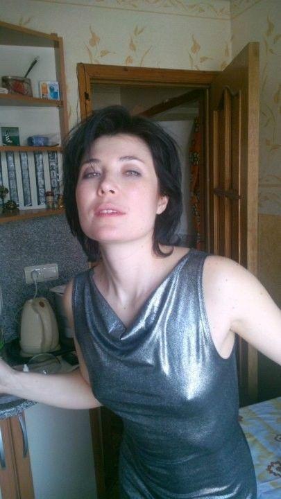 торчащие соски Глория Августинович