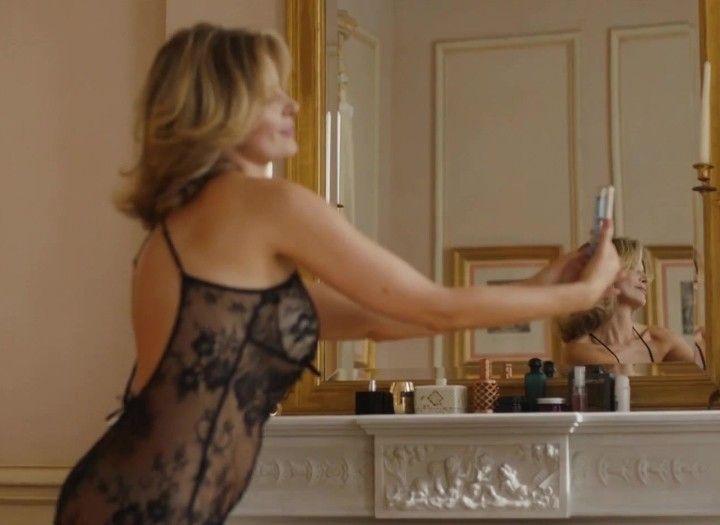 Александра Флоринская в нижнем белье