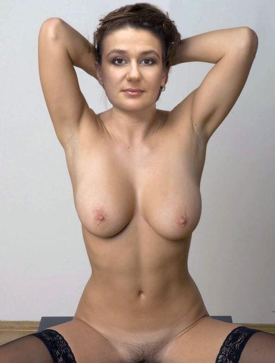 сиськи Анастасия Мельникова