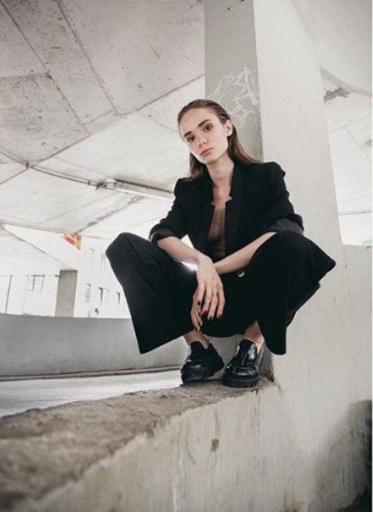 Анастасия Куимова показала грудь