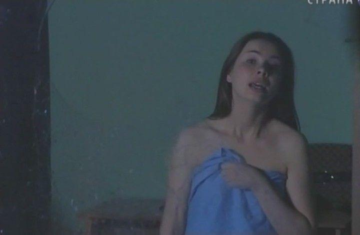 голая Анна Геллер