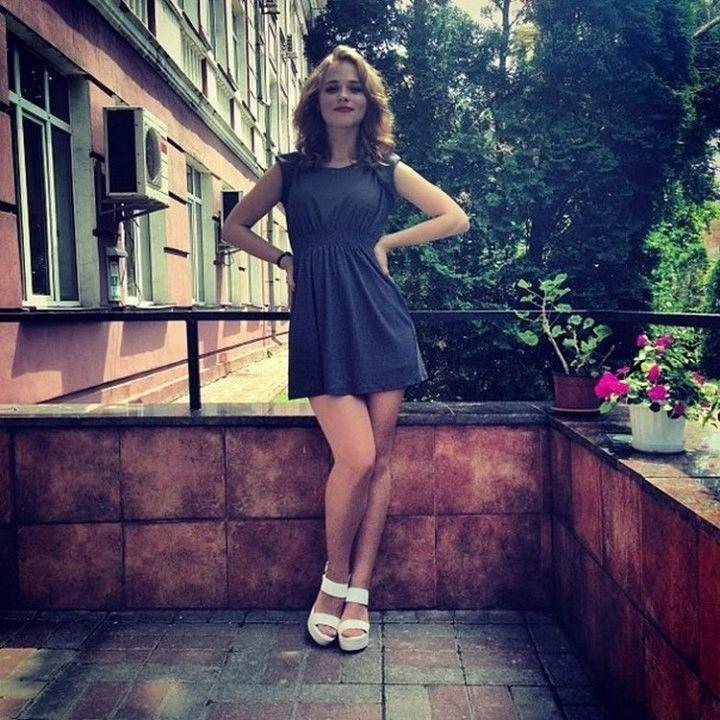 ножки Анны Кошмал