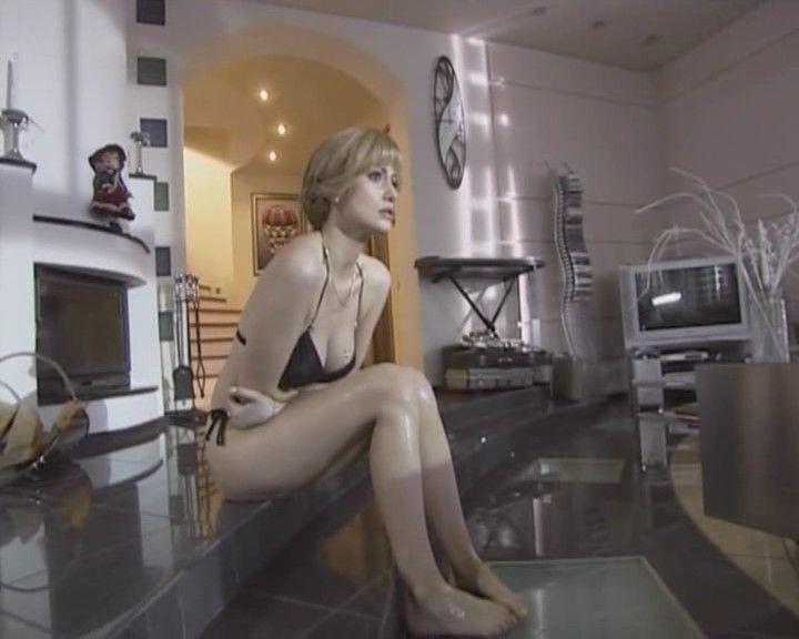 Анна Ковальчук в бикини