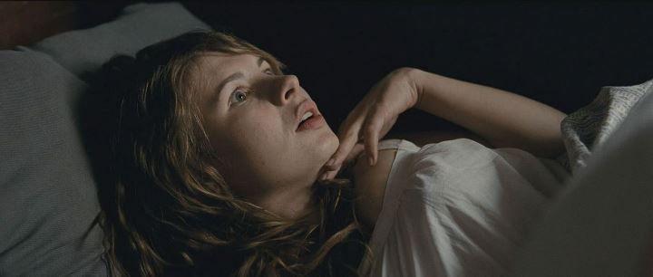 Анна Цуканова постельная сцена