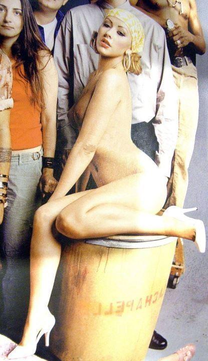 Кристина Агилера голая