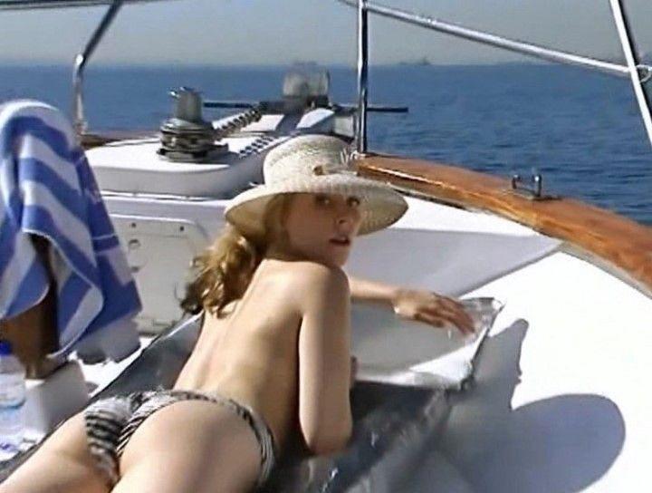Мария Куликова топлес