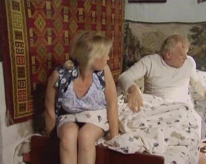 под юбкой у Марии Куликовой