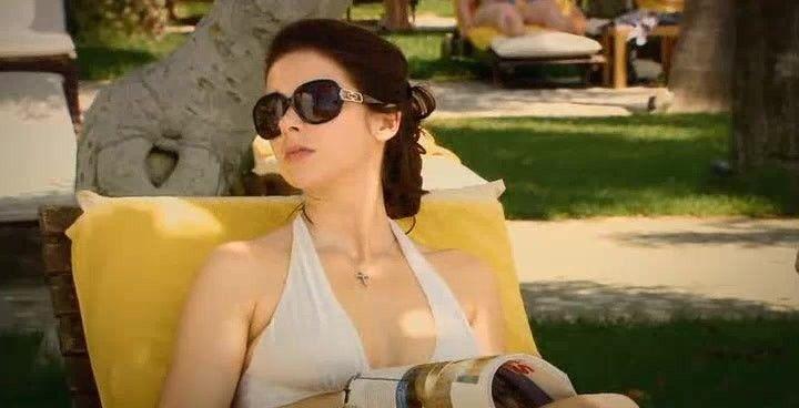 Марина Александрова фото в купальнике