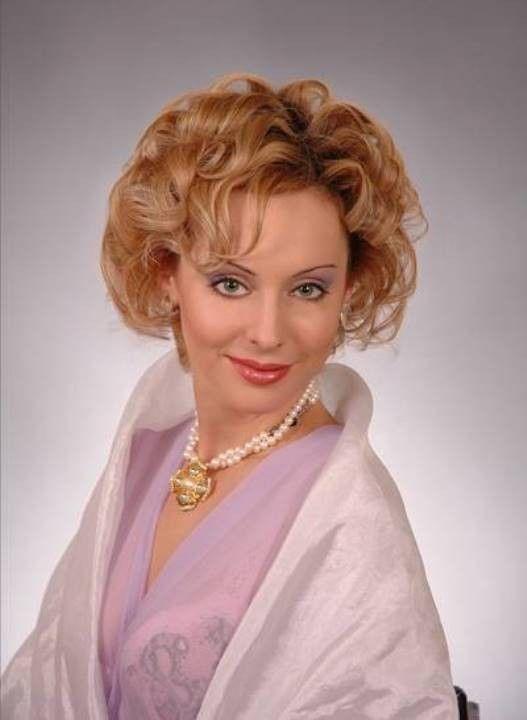 Наталья Коренная в розовом лифчике
