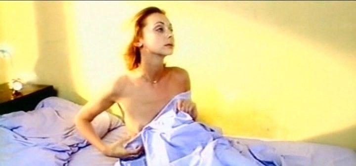 грудь Натальи Коренной