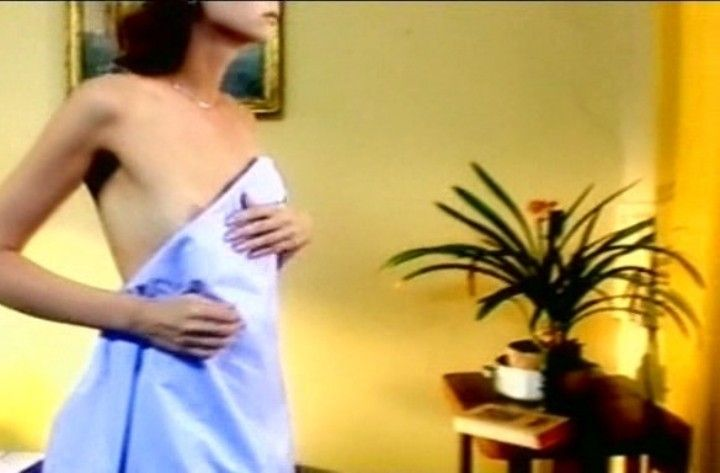 Наталья Коренная голая грудь