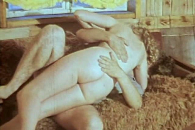 голая попка Наталья Суркова