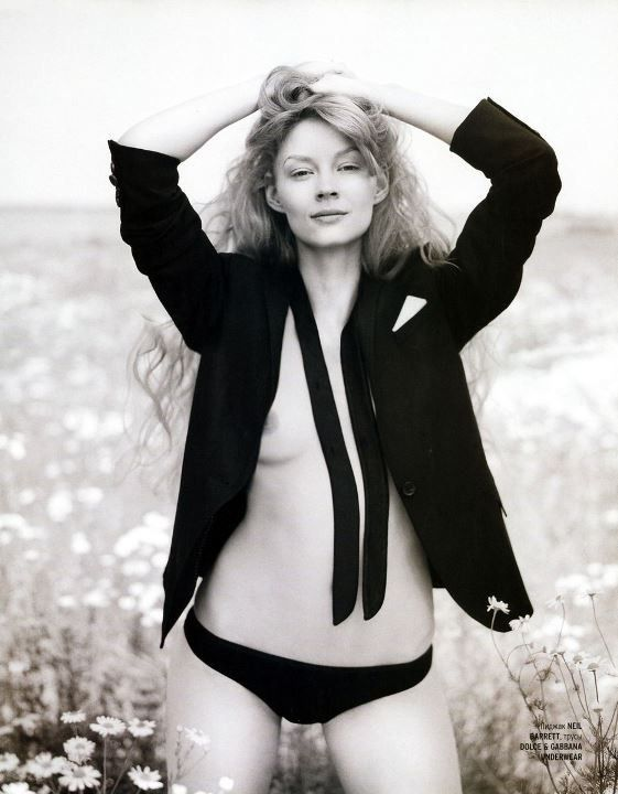 Светлана Ходченкова в трусиках