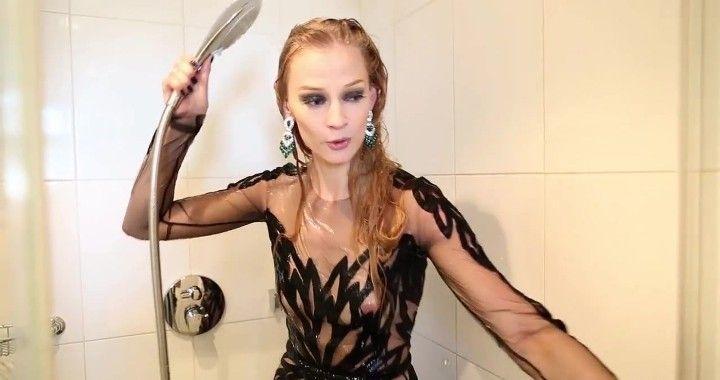 Светлана Ходченкова в прозрачном платье без лифчика