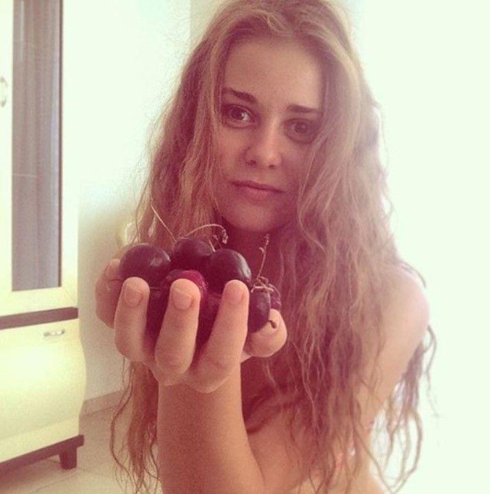 Вероника Лысакова голая