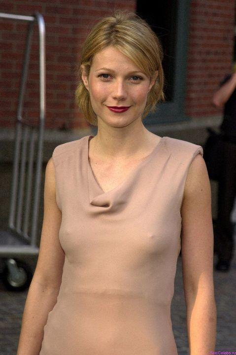 Гвинет Пэлтроу в голом платье