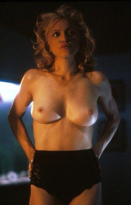 Мадонна в трусиках