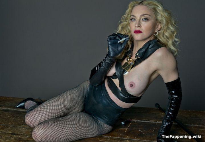 фото голой Мадонны