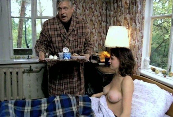 голая грудь Натальи Щукиной