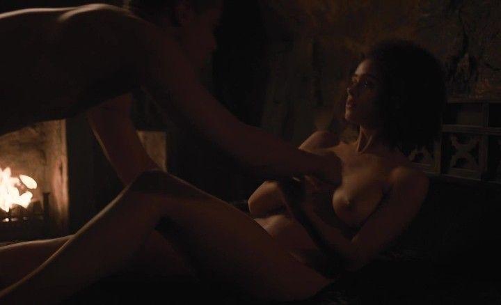Натали Эммануэль секс в игре престолов