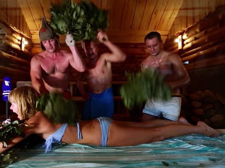 Аллу Михееву жарят три мужика в бане