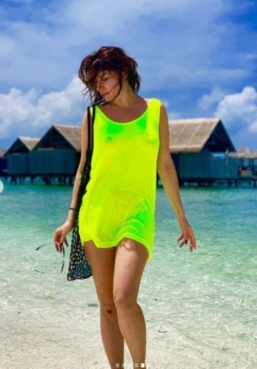 Анастасия Макеева в платье без нижнего белья