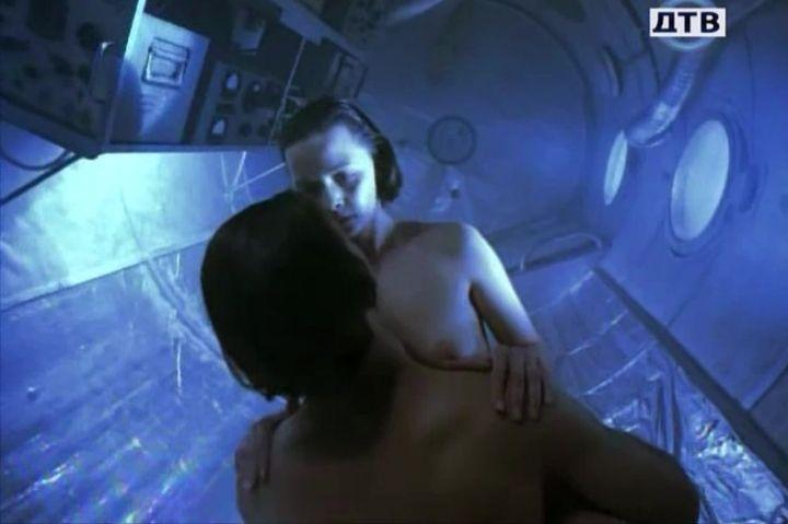 секс Дарья Повереннова голая грудь