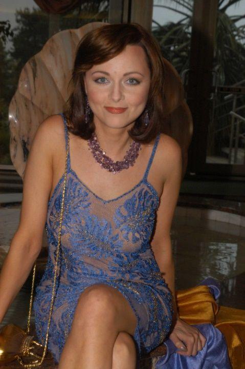 Дарья Повереннова в голом платье