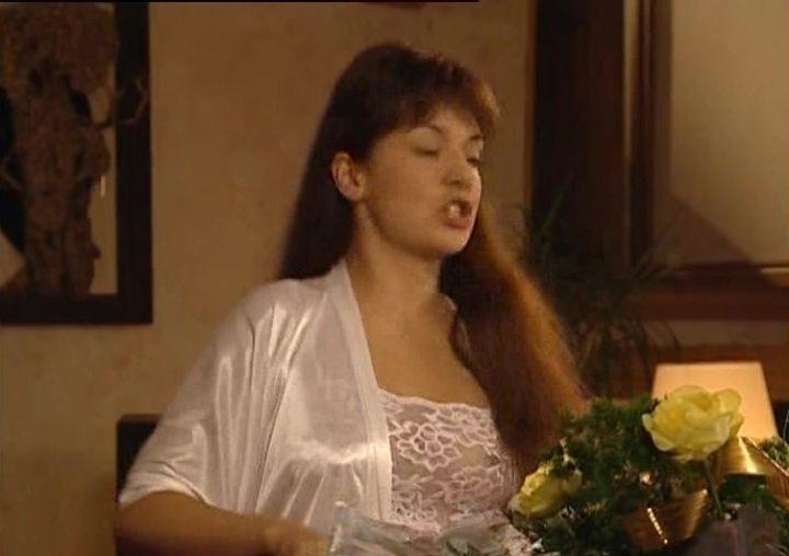 Ольга Павловец с голой грудью