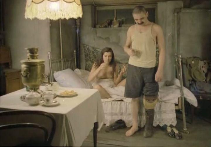 постельная сцена Веры Сотниковой