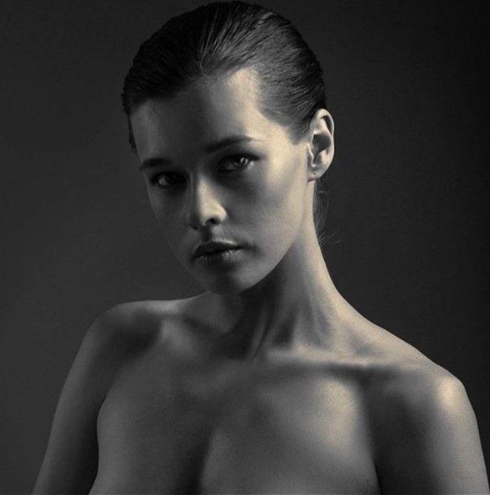 полностью голая Екатерина Шпица