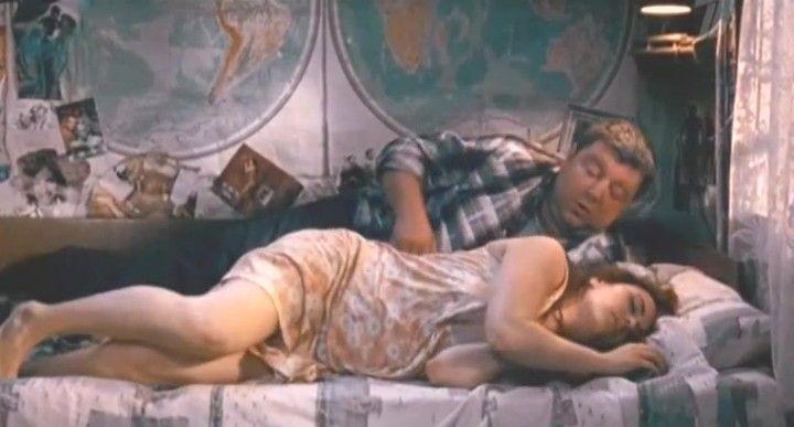 постельная сцена Елены Пановой