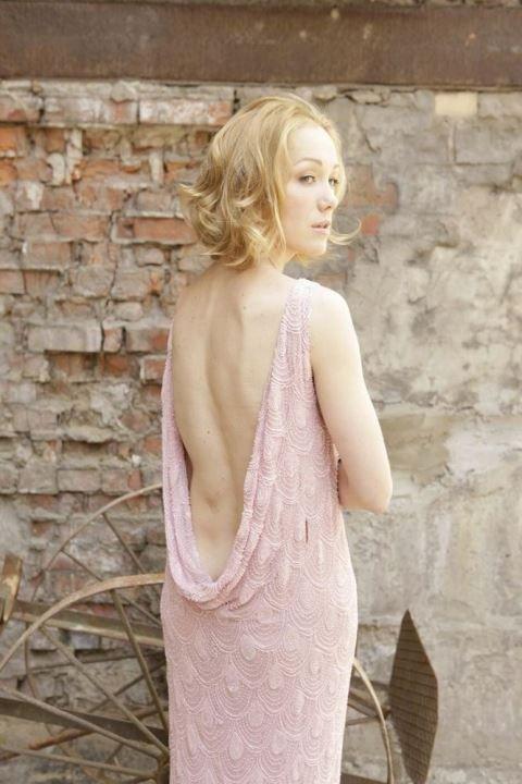 Дарья Мороз в голом платье