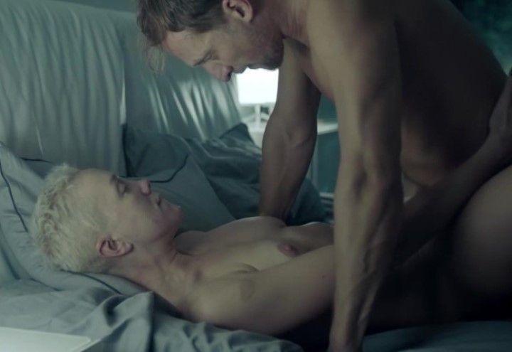 секс с голой Дарьей Мороз в сериале Содержанки