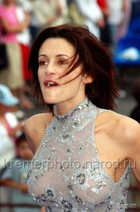 Оксана Фандера в голом платье без белья