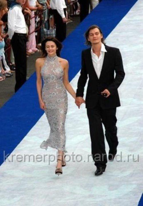 Оксана Фандера в прозрачном платье без белья