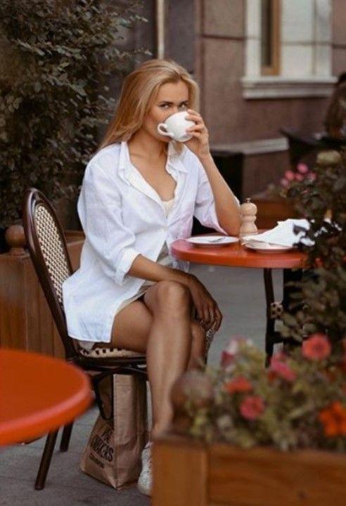 голые ножки Анны Клинской
