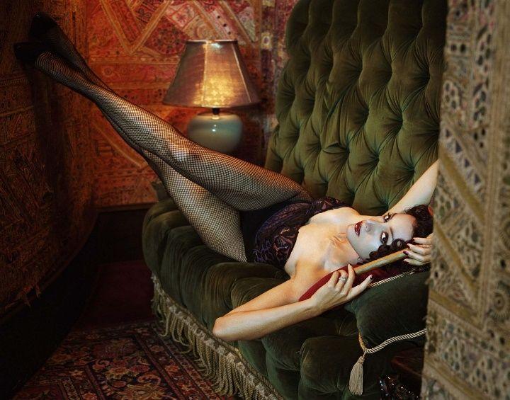 Jennifer Beals nude