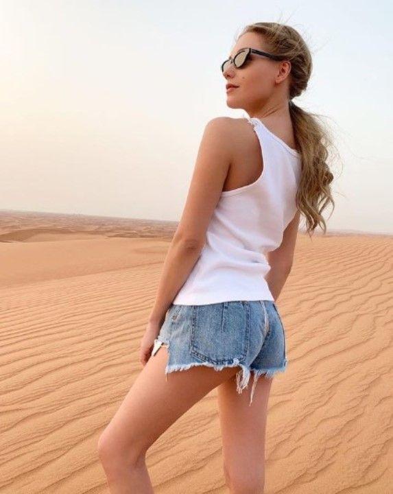голые ноги Кристины Асмус