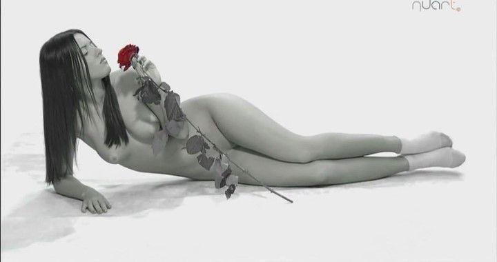 голая грудь и вагина Сары Окс без трусиков
