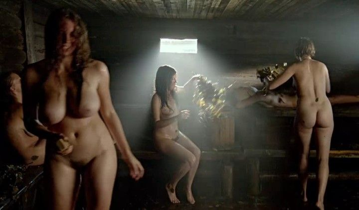 небритая киска голой Агнии Кузнецовой в бане