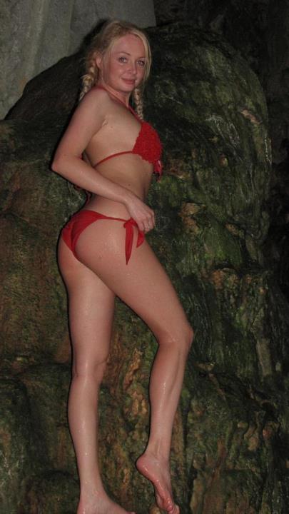 Дарья Пынзарь фото в купальнике