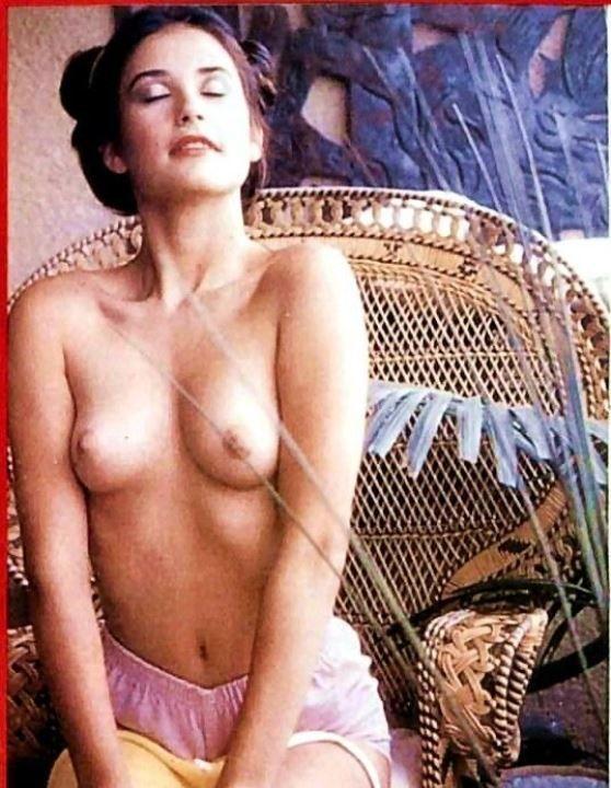 courtney-moore-nude