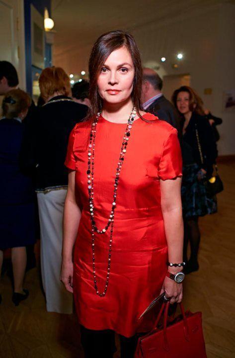 Екатерина Андреева в платье