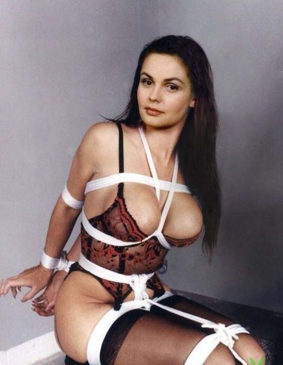 Екатерина Андреева в нижнем белье
