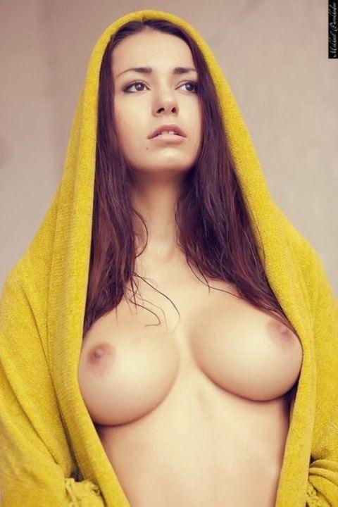 Хельга Ловкейти голая грудь