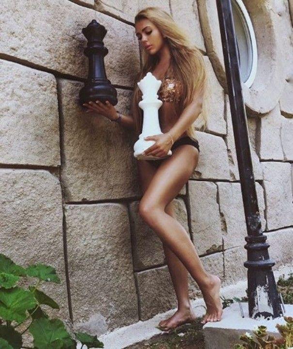 Карина Кросс в нижнем белье