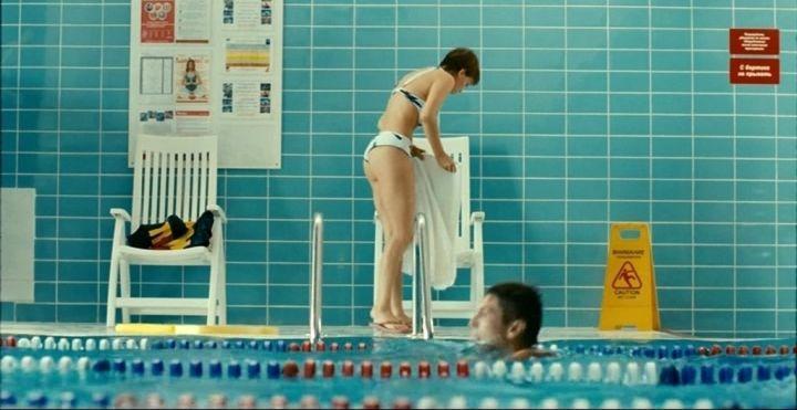 фото Нелли Уваровой в купальнике