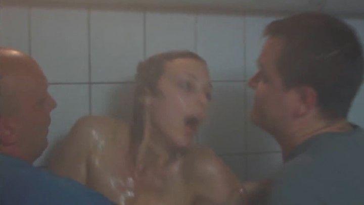 групповой секс с Нелли Уваровой